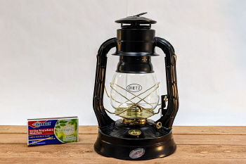 Dietz Air Pilot Lantern Black with Gold